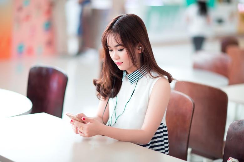 girl-2183999