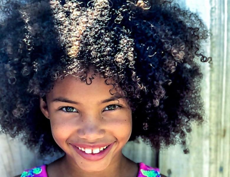 afro-beautiful-child-1068205-e1545187757510.jpg