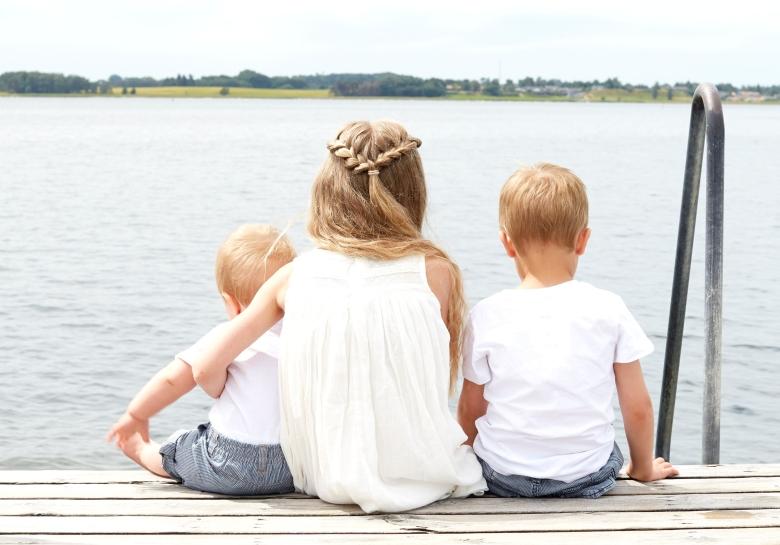 children-dock-kids-117915.jpg